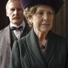 Downton Abbey / Penelope Wilton / David Robb Poster