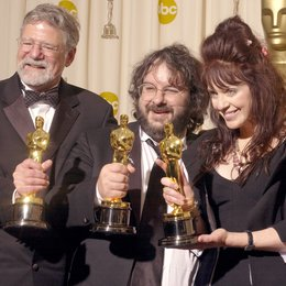 "Barrie Osborne, Peter Jackson, Fran Walsh / 76. Oscarverleihung, Hollywood, Los Angeles, CA / Oscar für: Best Picture in ""Herr der Ringe - Die Rückkehr des Königs"""