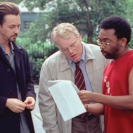 25 Stunden / Edward Norton (li.) / am Set / Philip Seymour Hoffman Poster
