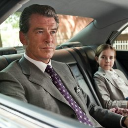 Remember Me / Pierce Brosnan / Ruby Jerins Poster
