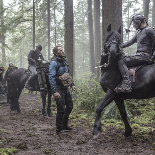 Planet der Affen: Revolution / Dawn of the Planet of the Apes / Set / Jason Clarke / Andy Serkis