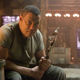 Predators / Laurence Fishburne