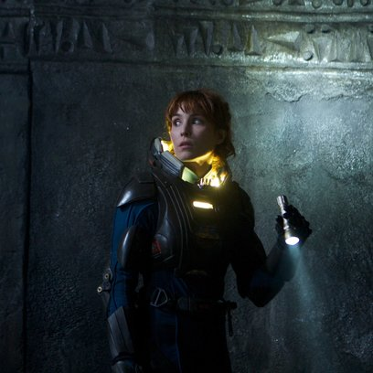 Prometheus - Dunkle Zeichen / Noomi Rapace Poster
