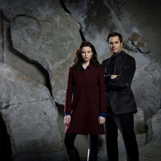 Continuum / Rachel Nichols / Victor Webster Poster