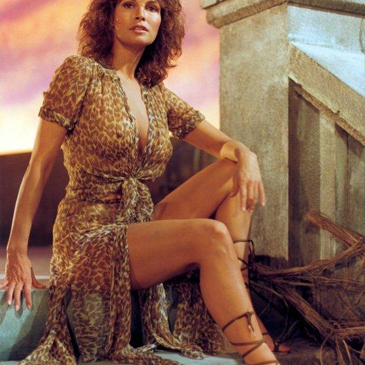 Raquel Welch nackt, Oben ohne Bilder, Playboy Fotos,