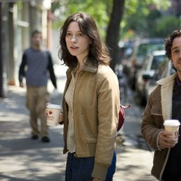 Please Give / Rebecca Hall / Thomas Ian Nichols Poster
