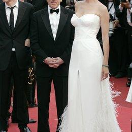 Robert de Niro / Uma Thurman / 64. Filmfestspiele Cannes 2011 Poster