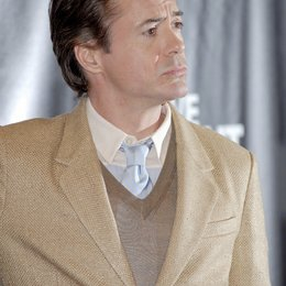 Downey Jr., Robert / Warner Bros. Pictures Introduces Upcoming Films at ShoWest, 2010