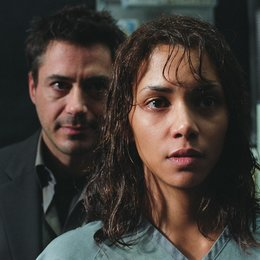 Gothika / Halle Berry / Robert Downey Poster