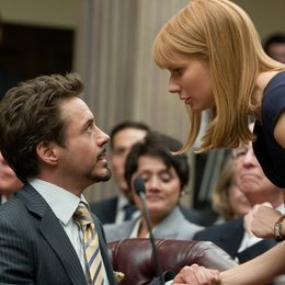Iron Man 2 / Robert Downey Jr. / Gwyneth Paltrow