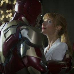 Iron Man 3 / Robert Downey Jr. / Gwyneth Paltrow