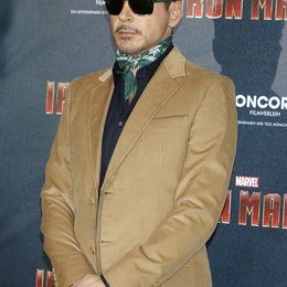 Robert Downey Jr. / Iron Man 3 / Pressekonferenz Poster
