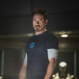 "Verleihcharts: ""Iron Man 3"" bremst Streetracer-Clan aus / Robert Downey Jr."
