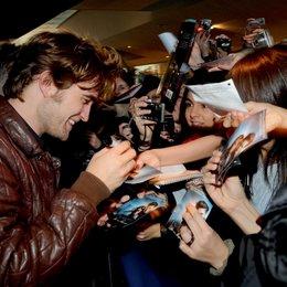 """Fan-Event von """"Twilight - Biss zum Morgengrauen"""" im Münchner Mathäser Filmpalast / Robert Pattinson Poster"""