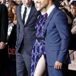 """Robert Pattinson / Kristen Stewart / Taylor Lautner / Filmpremiere """"The Twilight Saga: Breaking Dawn - Teil 1"""" Poster"""