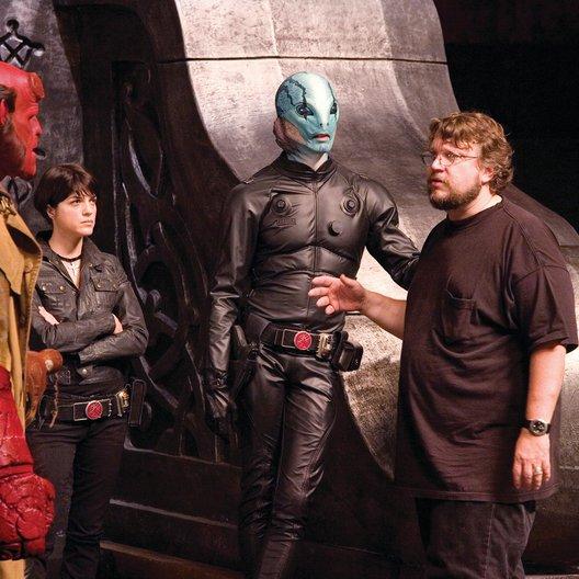Hellboy - Die goldene Armee / Ron Perlman / Set / Guillermo Del Toro