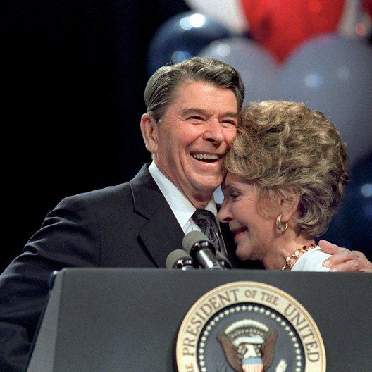 """Reagan, Ronald / Nancy Reagan / """"Liebe an der Macht"""" Poster"""