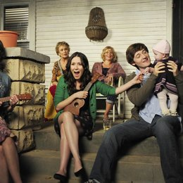 Raising Hope / Shannon Woodward / Lucas Neff / Kate Micucci Poster