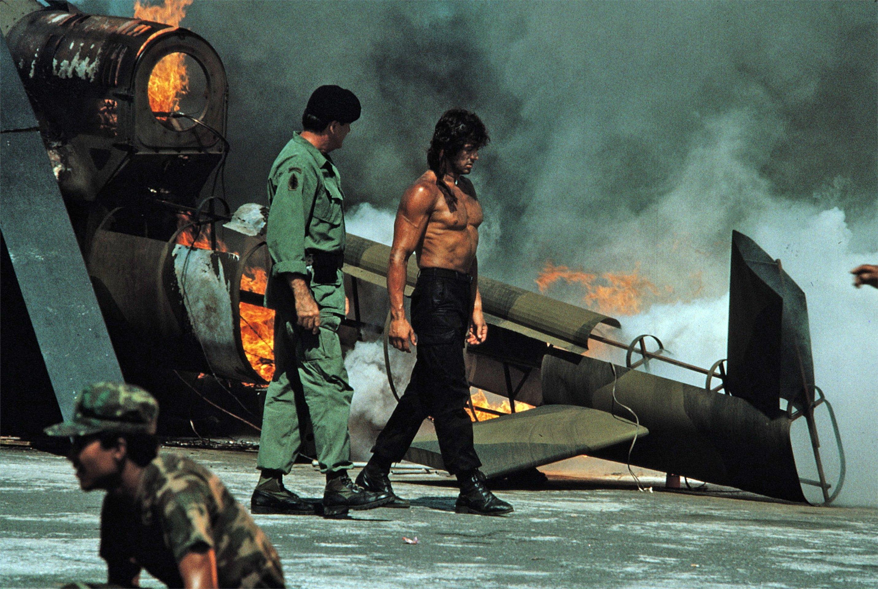 Rambo 1 Elicottero : Rambo film · trailer kritik kino