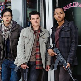 Red Dawn - Der Kampf beginnt im Morgengrauen / Red Dawn / Josh Peck / Josh Hutcherson / Connor Cruise Poster