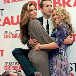 """Deutschlandpremiere von """"Selbst ist die Braut"""" in München / Sandra Bullock, Ryan Reynolds und Anne Fletcher Poster"""