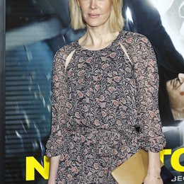 "Sarah Paulson / Filmpremiere ""Non-Stop"" Poster"