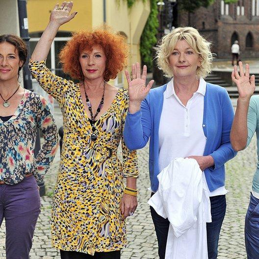 Dienstagsfrauen: Zwischen Kraut und Rüben, Die / Janna Striebeck / Clelia Sarto / Nina Hoger / Saskia Vester Poster