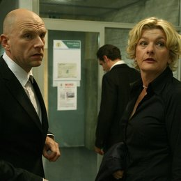 KDD - Kriminaldauerdienst (02. Staffel, 8 Folgen) / KDD - Kriminaldauerdienst (ZDF) / Götz Schubert / Saskia Vester Poster