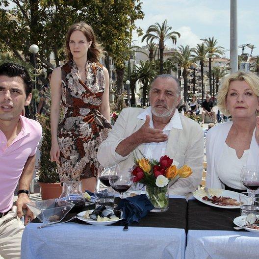 Kreuzfahrt ins Glück: Hochzeitsreise nach Barcelona (ZDF) / Saskia Vester / Christian Kohlund / Nike Martens / Ricardo Angelini Poster