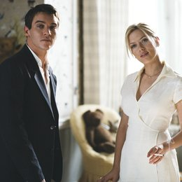 Match Point / Jonathan Rhys-Meyers / Scarlett Johansson Poster