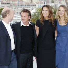 Haggis, Paul / Penn, Sean / Armani, Roberta / Nemcova, Petra / 65. Filmfestspiele Cannes 2012 / Festival de Cannes
