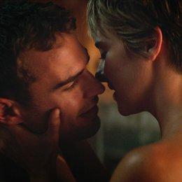 Bestimmung - Insurgent, Die / Theo James / Shailene Woodley Poster