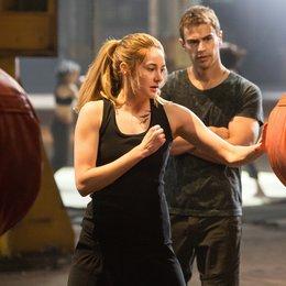 Die Bestimmung - Divergent / Shailene Woodley / Theo James Poster