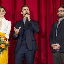 """Woodley, Shailene / James, Theo / Schwentke, Robert / Premiere """"Insurgent - Die Bestimmung"""", Berlin Poster"""
