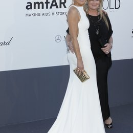 Stone, Sharon / Stone, Kelly / 20th amfAR Cinema Against AIDS Gala / 66. Internationale Filmfestspiele von Cannes 2013 Poster