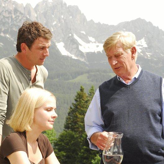 Bergdoktor (02. Staffel, 13 Folgen), Der / Bergdoktor (2. Staffel, 13 Folgen), Der (ZDF / ORF) / In guten wie in schlechten Zeiten / Hans Sigl / Denise Zich / Siegfried Rauch Poster