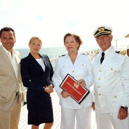 Kreuzfahrt ins Glück: Hochzeitsreise nach Bermuda (ZDF / ORF) / Eva-Maria Grein / Siegfried Rauch / Heide Keller / Marcus Grüsser Poster
