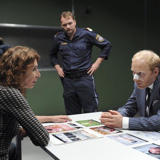 Tatort: Falsch verpackt (ORF) / Adele Neuhauser / Thomas Stipsits / Simon Schwarz Poster