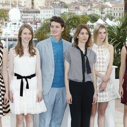 Chang, Katie / Farmiga, Taissa / Broussard, Israel / Coppola, Sofia / Julien, Claire / Watson, Emma / 66. Internationale Filmfestspiele von Cannes 2013 Poster
