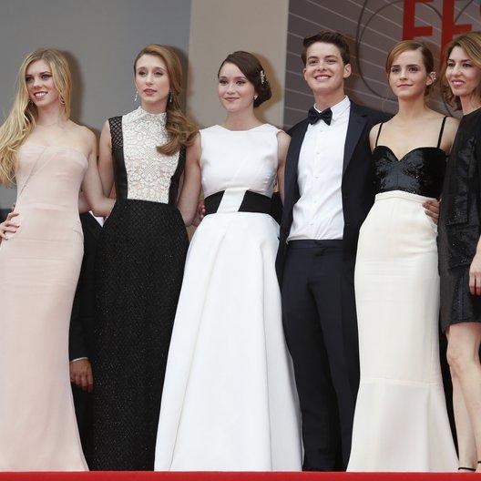 Julien, Claire / Farmiga, Taissa / Chang, Katie / Broussard, Israel / Watson, Emma / Coppola, Sofia / 66. Internationale Filmfestspiele von Cannes 2013 Poster