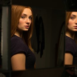 Another Me - Mein zweites Ich / Sophie Turner Poster