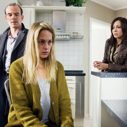 Tatort: Mauerblümchen (MDR) / Simone Thomalla / Martin Wuttke / Sophie von Kessel
