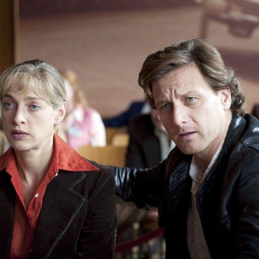 Westflug - Entführung aus Liebe (RTL) / Sophie von Kessel / Hendrik Duryn