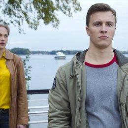 Zwischen den Zeiten (ZDF) / Sophie von Kessel / Tim Kalkhof