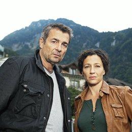 Tatort: Hanglage mit Aussicht (Schweizer Radio und Fernsehen (SRF)) / Stefan Gubser / Delia Mayer Poster