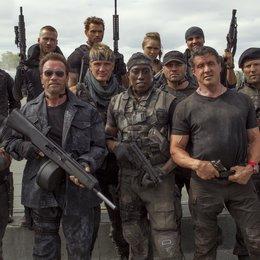 Expendables 3, The / Antonio Banderas / Arnold Schwarzenegger / Dolph Lundgren / Wesley Snipes / Randy Couture / Sylvester Stallone / Jason Statham / hinten: Jet Li / Kellan Lutz / Ronda Rousey
