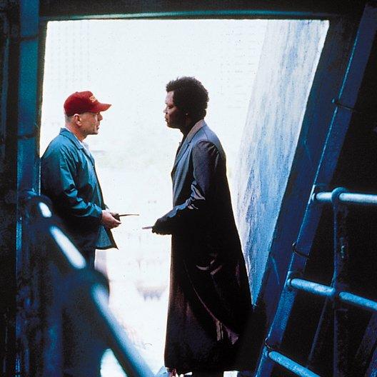 Unbreakable - Unzerbrechlich / Bruce Willis / Samuel L. Jackson