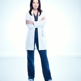 Saving Hope / Erica Durance Poster