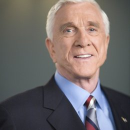 Scary Movie 4 / Leslie Nielsen Poster