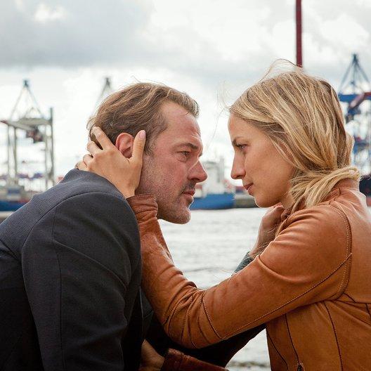 Bella Block: Stich ins Herz (ZDF) / Sebastian Koch / Annika Blendl Poster